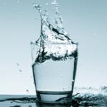 コップの水をどう見るか?「お金を貯める」「スキルを付ける」どっちも〇〇が大切
